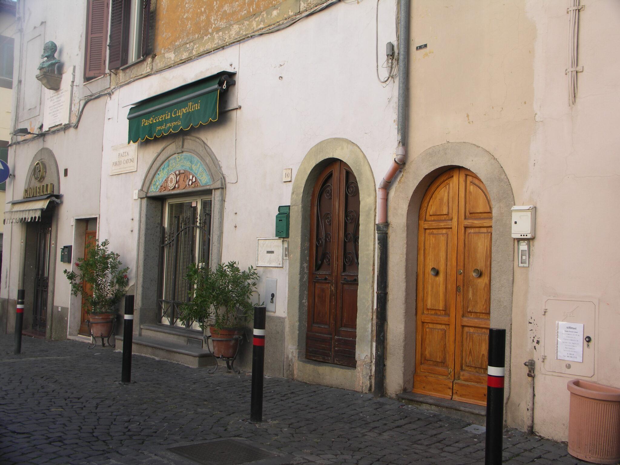 Monte-Porzio-Catone-Rome-by-Casale-Sonnino