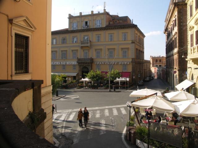 Frascati-Lazio-by-Casale-Sonnino